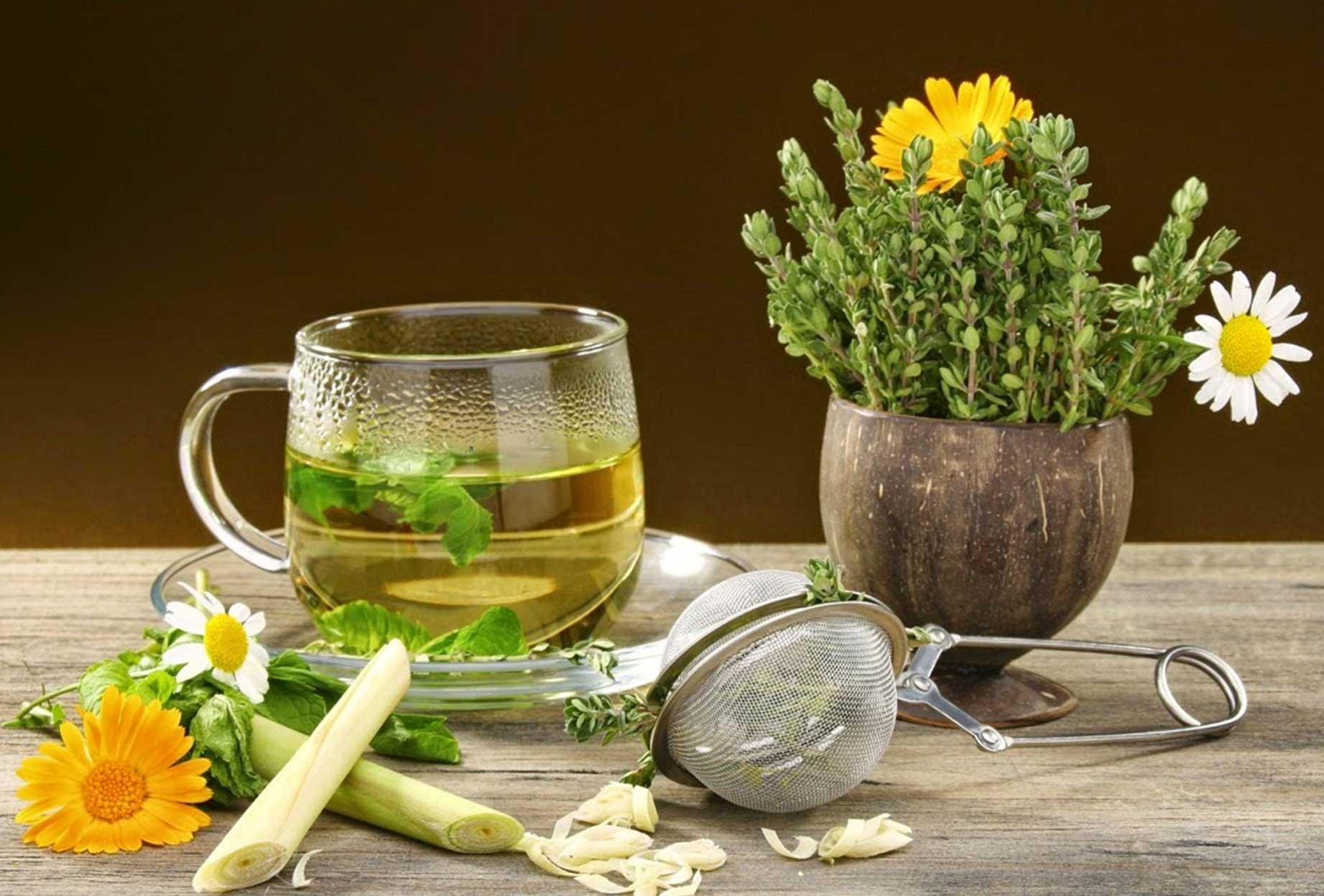 Prevenzione e cura con medicina tradizionale cinese, cristalloterapia e fiori di Bach